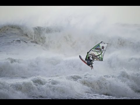 Windsurfing Through Hurricane Conditions – Red Bull
