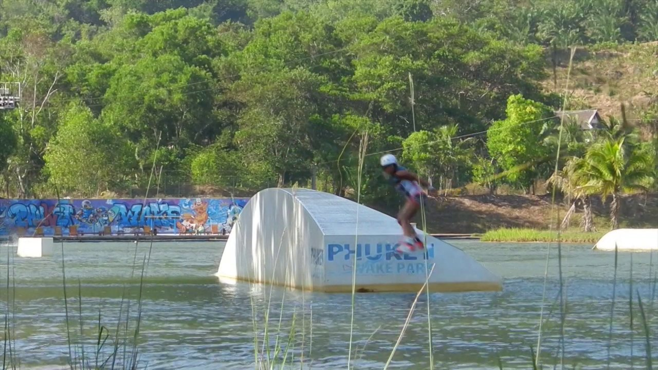 Alicia & Candice Boisson Wakeboarding in Thailand