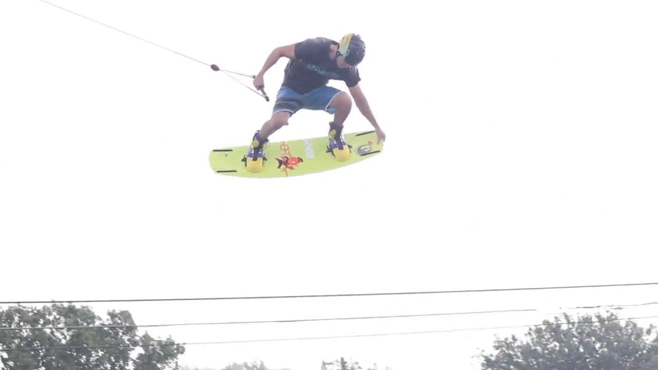 1 Minute Wakeboarding with Matty Hasler at TSR